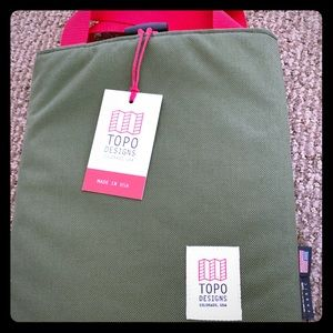 Topo Design Ipad/ laptop sleeve / cover